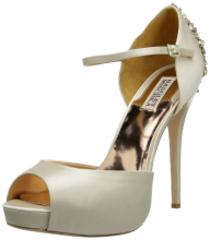 Badgley Mischka Women's Kindra Platform Pump