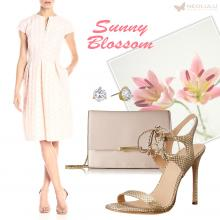Sunny Blossom: Helene Bergman V-Neck Dress Outfit for Cocktail Party